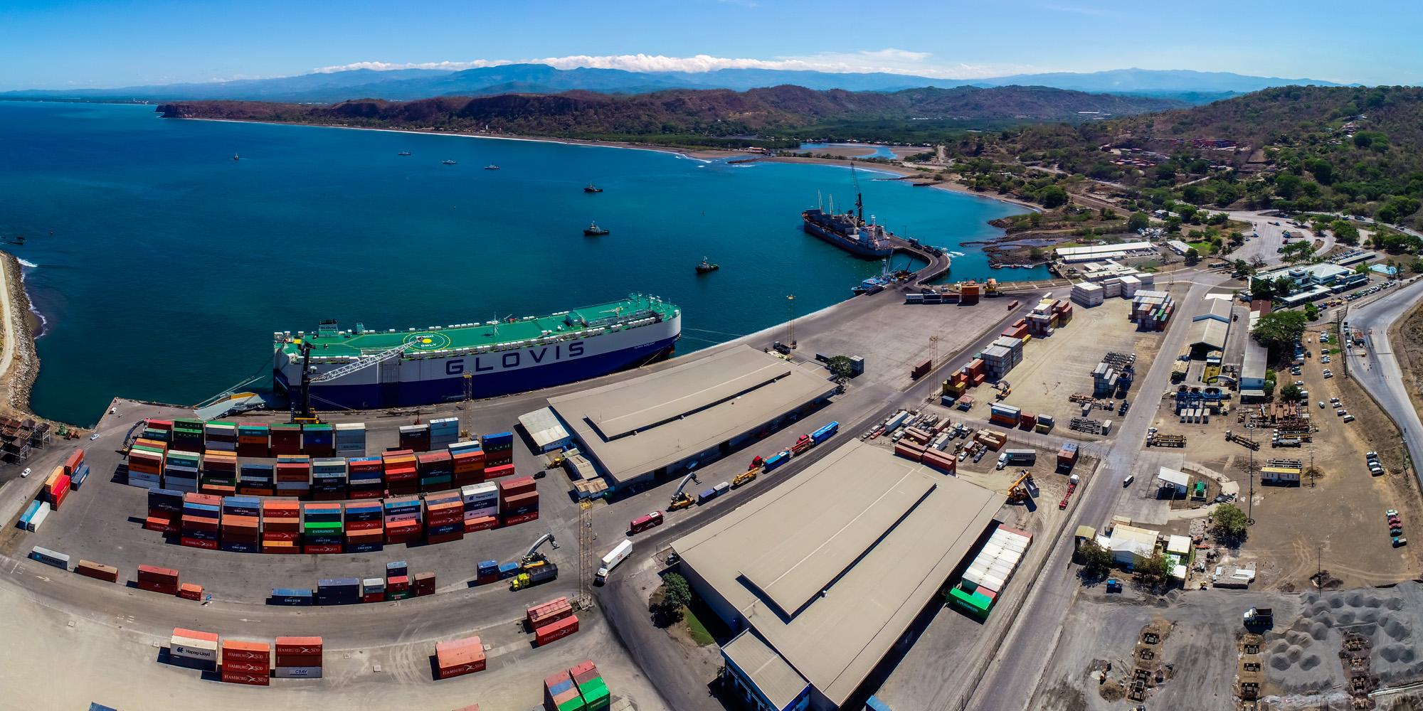 Puerto Caldera